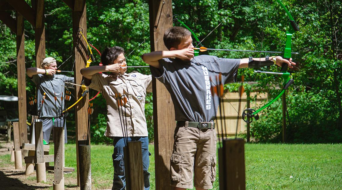 archery Camp Buck Toms